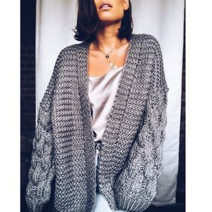 Sweaters - 🆕Presley Gray Chunky Knit Puff Sleeve Cardigan
